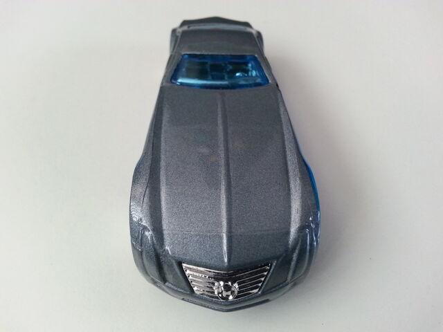 File:Cadillac V-16 Concept (Hardnoze) 1 front.jpg