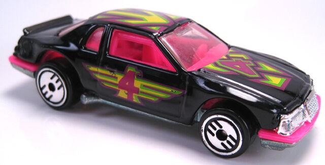 File:Thunderburner black UH 16-pack set car 1993.JPG