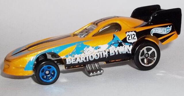 File:HW-Road Trippin'-2104-25-Firebird Funny Car.jpg