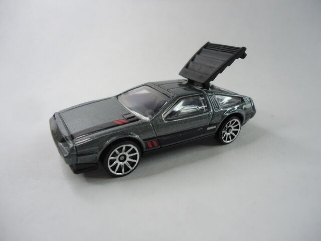 File:91 DELOREAN DMC.JPG