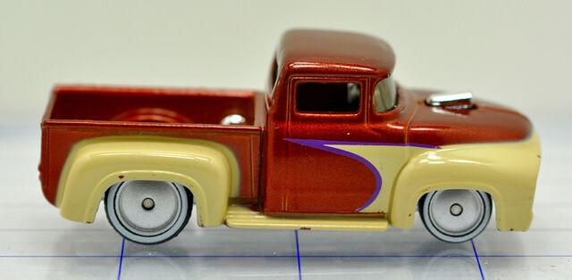 File:56-ford-f-100 pick up-brown & tan-hw (2).jpg