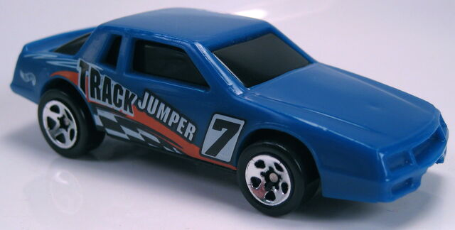 File:Chevy Stocker from Figure 8 Racers 5 pack 1998.JPG