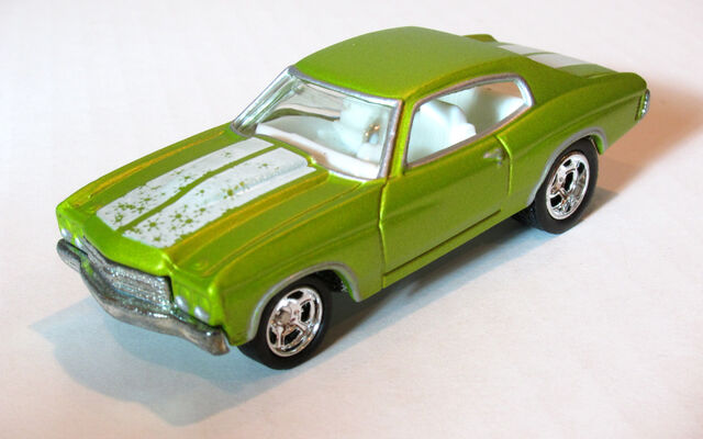 File:70Chevelle2005HolidayGreen.jpg
