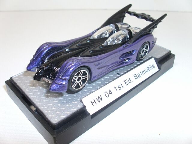 File:04 1st Ed Batmobile Purple & Black (800x600).jpg