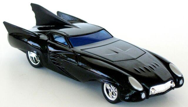 File:Mattel 2008 M7101 1-50 Comic Book Batmobile 18.JPG