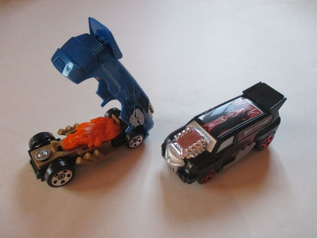 File:Crasher Cars ?.JPG