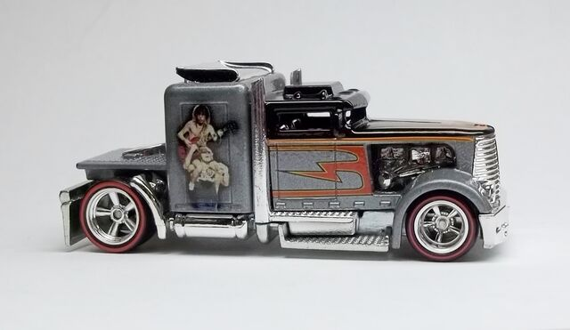 File:HW-Live Nation-Convoy Custom-AC DC.JPG