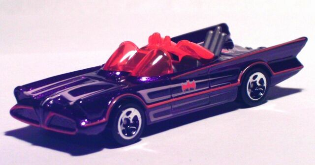 File:2012 Halloween 1966 TV Batmobile.jpg