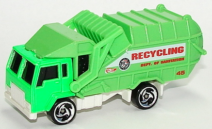 File:Recycling Truck GrnSB.JPG