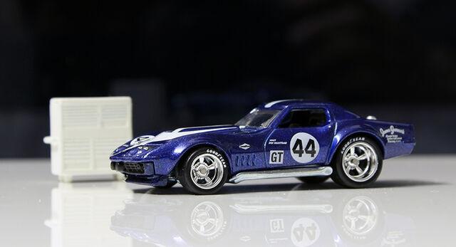 File:Chevrolet Copo Corvette (road racers).jpg