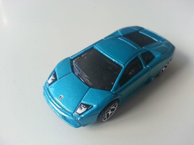 File:Lamborghini muercielago azul 2011 jdmiki.jpg