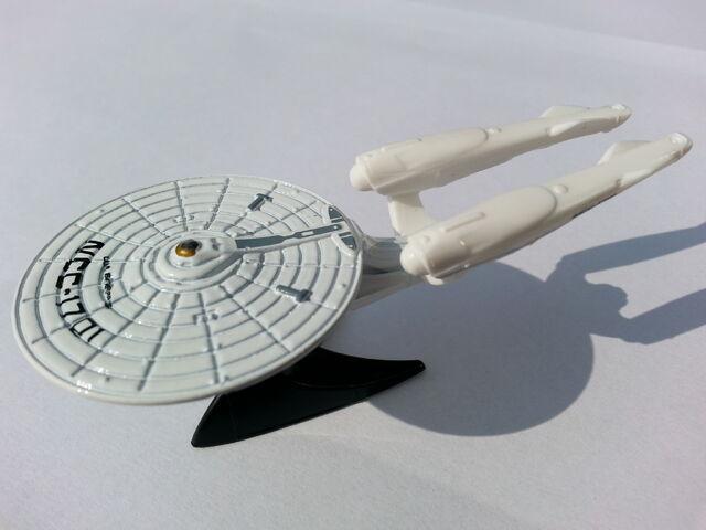 File:U.S.S. Enterprise NCC-1701 side.jpg