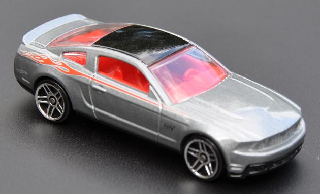 File:2010 Mustang GT - Mustang Mania Set.jpg