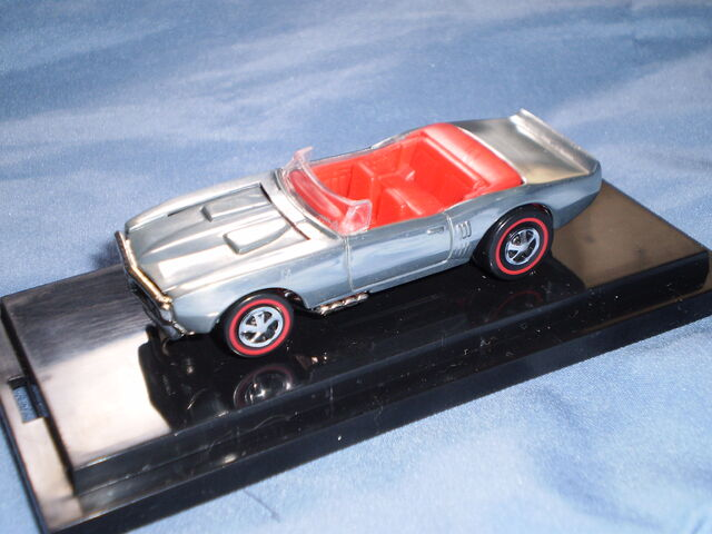 File:'68 Custom Firebird '00 Cool Collectibles.JPG
