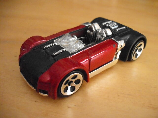 File:Suzuki GSX R-4 '01.jpg