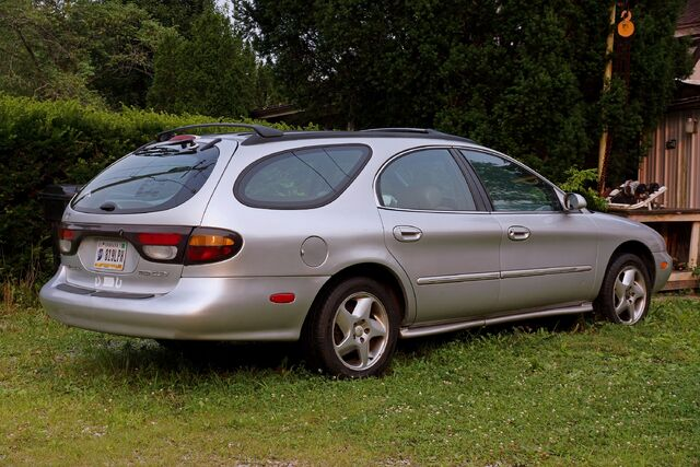 File:1996 Mercury Sable LS Station Wagon - 09721ef.jpg