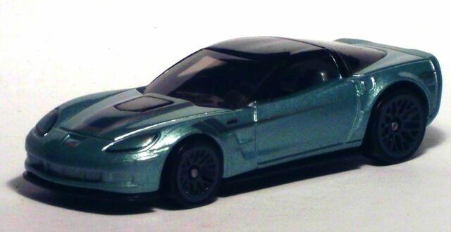 File:2012 Cars Of The Decades '09 Corvette ZR1.jpg