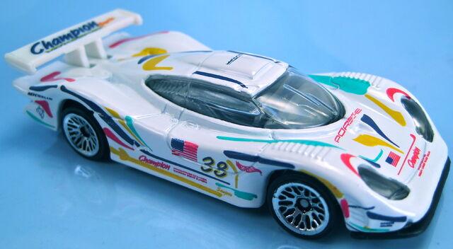 File:Porsche 911 GT1-98 white 2000.JPG