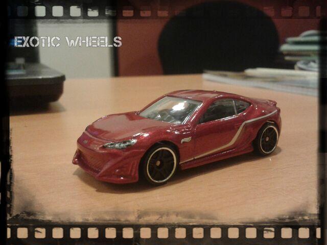 File:Hot wheels (1).jpg