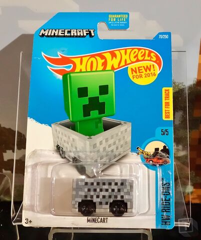 File:T-troll-us-a-little-with-minecart 2.jpg