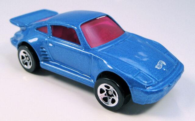 File:Porsche9305packcarvariation.JPG