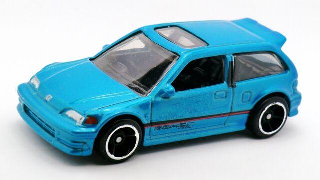 File:Honda Civic EF-2014 030 recolor.jpg