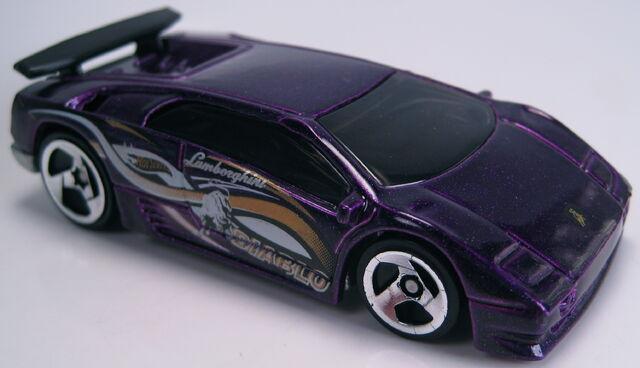 File:Lamborghini diablo purple metallic 2000 mainline.JPG