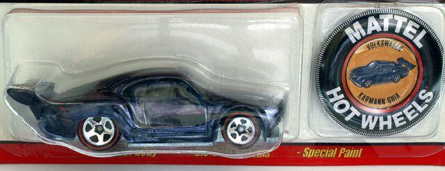 File:Volkswagen Karmann Ghia Classics 4 Button - 4643cf.jpg