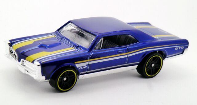 File:'67 Pontiac GTO-2015 228.jpg