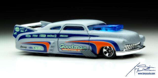 File:Hot-wheels-49-drag-merc-2013-grey-front.jpg