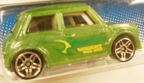 File:Color Shifters Mini 2011.jpg