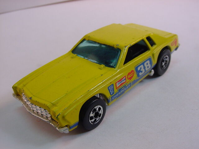 File:1977 monte carlo bw darker yellow.jpg