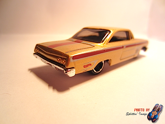 File:Gold62Chevy4.png