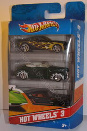 Hot wheels 3-pack 2005-Ford-Mustang-GT 40-ford-convertible '69-Ford-Torino-Talladega blr marca2