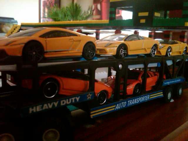 File:Lamborghini Trailer.jpg