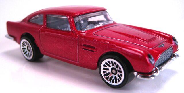 File:Aston Martin 1963 DB5 red metallic.JPG