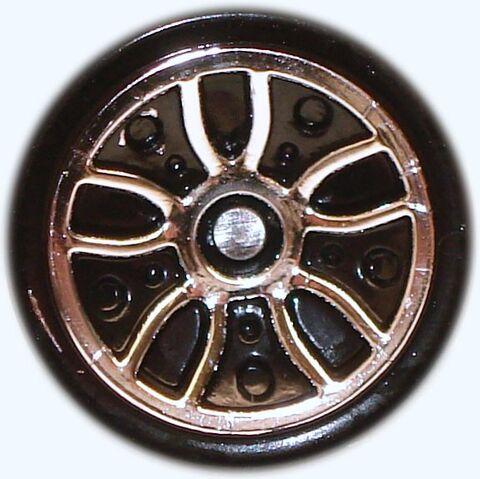 File:J5 wheel.JPG