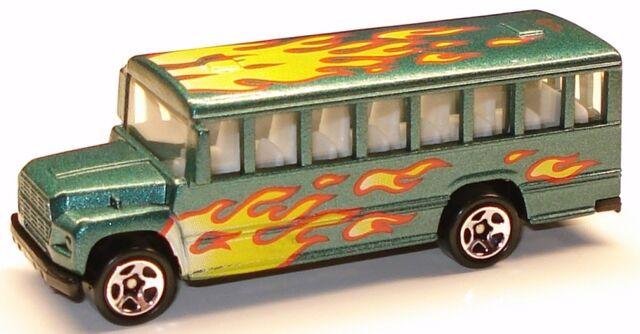 File:Schoolbus flamechina.JPG