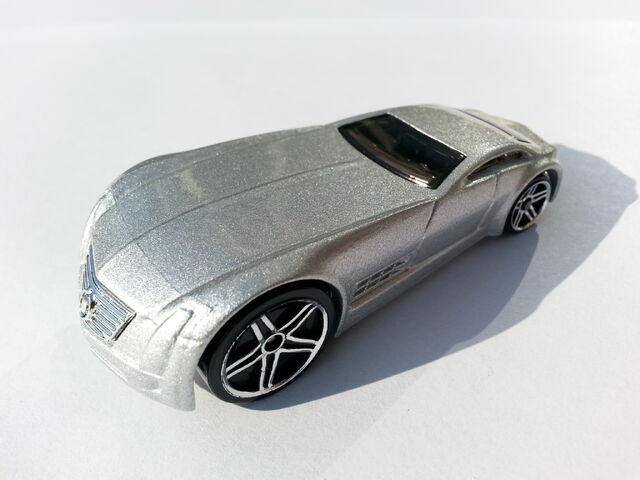 File:Cadillac V-16 Concept (Hardnoze) thumbnail.jpg