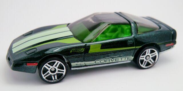 File:'80's Corvette-2013 206 Green.jpg