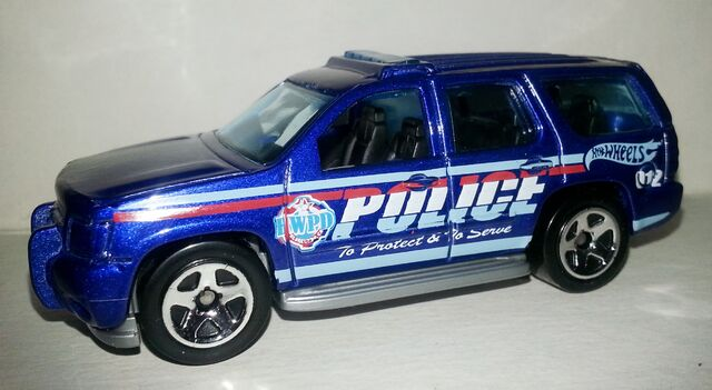File:HW-2014-44-'07 Chevy Tahoe-Rescue..jpg