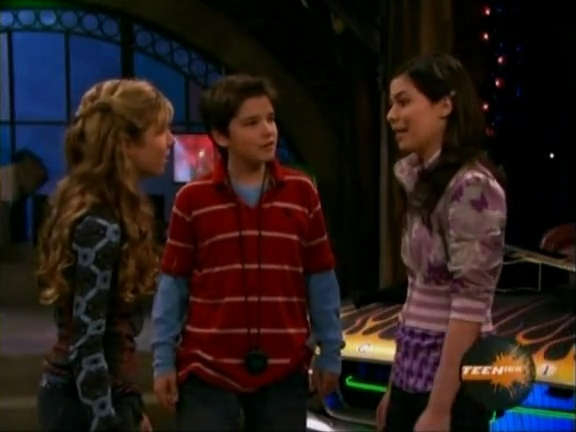 File:ICarly.S01E04.iLike.Jake.avi.flv 000905304.jpg