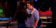 ICarly.S07E07.iGoodbye.480p.HDTV.x264 -Finale Episode-.mp4 002364568-045