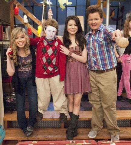 File:Icarly-ipity-nevel-05.jpg