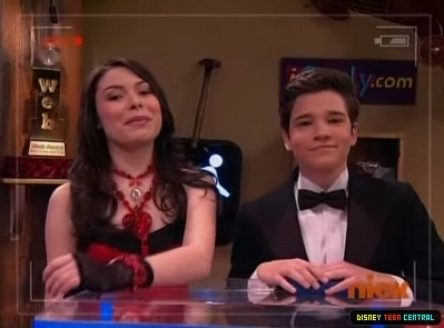 File:Normal iCarly S03E04 iCarly Awards 400.jpg