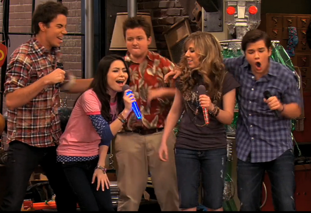 File:ICarlythings000.PNG