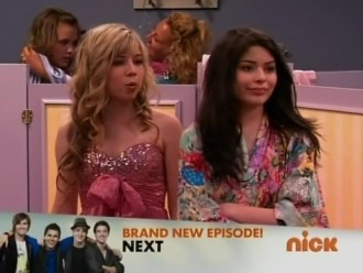 File:330px-Icarly s03e10 xvid-watbath186.jpg