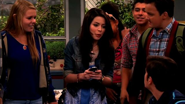 File:ICarly.S04E10.iOMG-HD.480p.Web-DL.x264-mSD.mkv 000036078.jpg