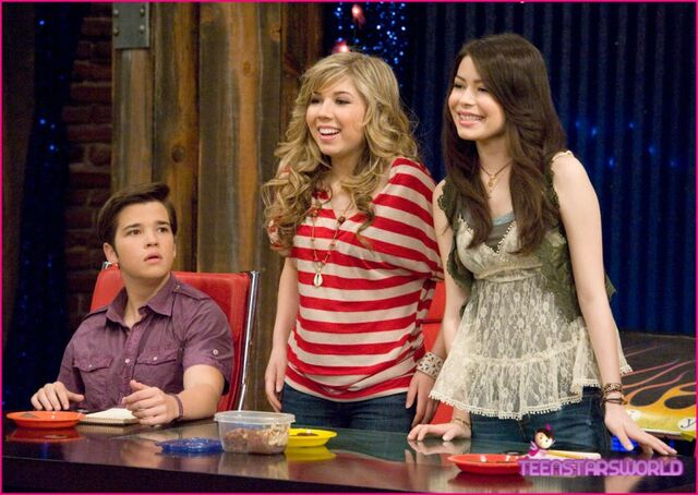 File:830px-ICarly-iHire-An-Idiot-Stills-3.jpg