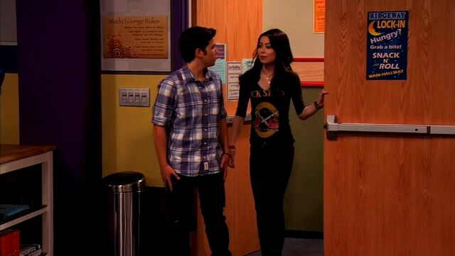 File:ICarly.S04E10.iOMG-HD.480p.Web-DL.x264-mSD.mkv 001027558.jpg